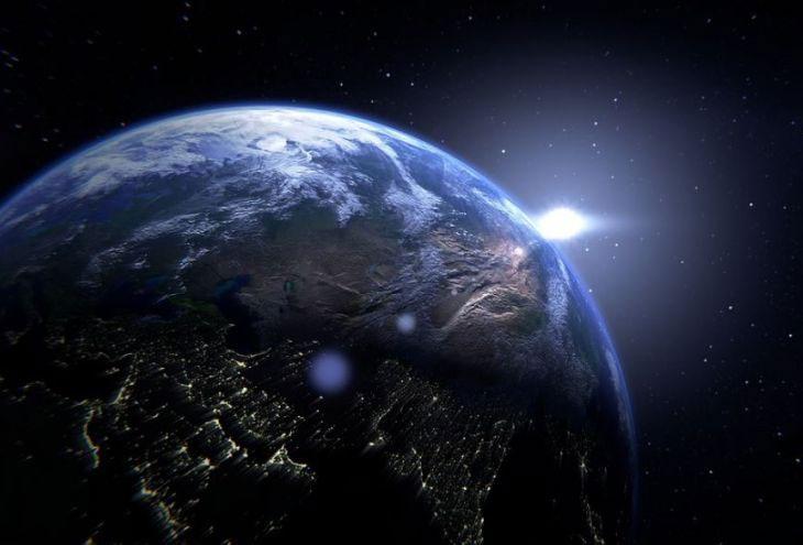 Các nhà khoa học tin rằng vệ tinh Lomonosov đã phát hiện một hiện tượng hoàn toàn mới