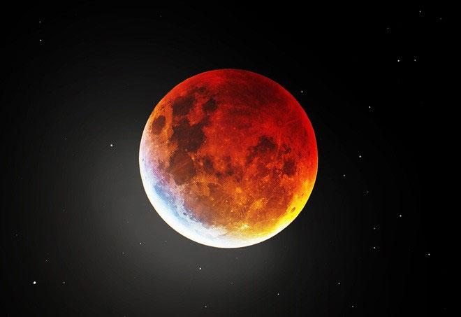 Mặt trăng máu.