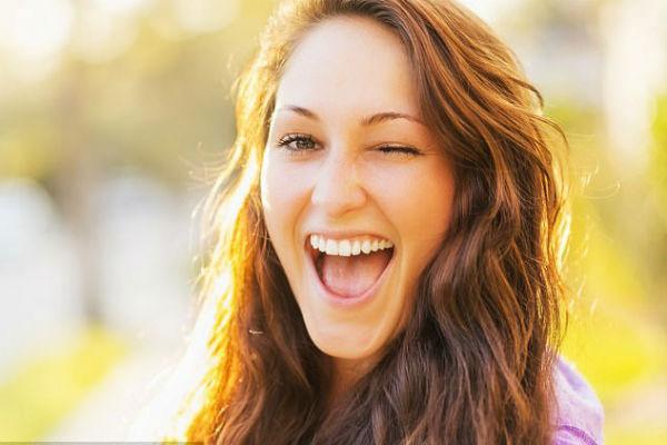"""Không có gì lạ khi những người đánh giá ghét vẻ ngoài của một nụ cười """"thả phanh""""."""