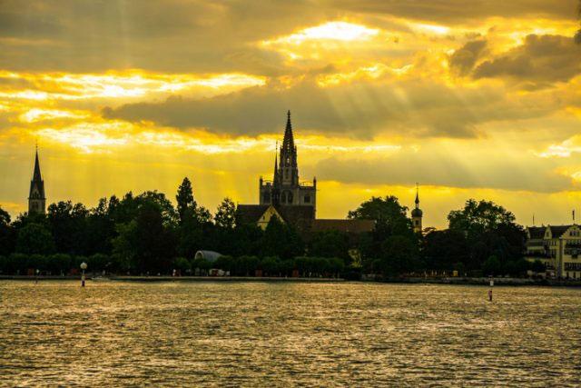 Sau nhiều năm chiến tranh, Konstanz vẫn giữ nguyên được vẻ đẹp cùng nhiều công trình kiến trúc quan trọng sau cuộc chiến.