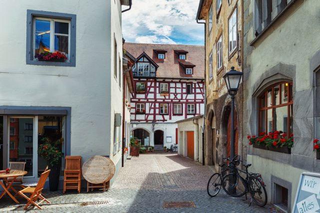Một con phố cổ nằm trong thành phố Konstanz (Đức) hiện nay.