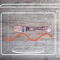 Vì sao không nên cho vật dụng kim loại vào lò vi sóng?