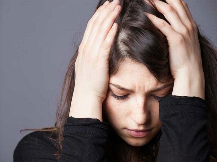 Thất tình khiến con người chìm trong cảm xúc tiêu cực, mất hết động lực sống.