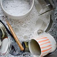 Sai lầm khi rửa bát chỉ làm gia tăng thêm vi khuẩn mà bạn không hề hay biết
