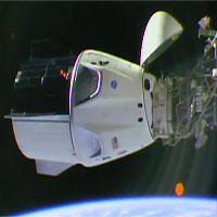 Tàu vũ trụ không người lái Crew Dragon kết nối thành công với Trạm vũ trụ ISS