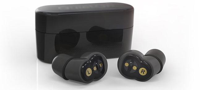 Hộp đựng nút tai cũng là thiết bị sạc pin cho sản phẩm này.
