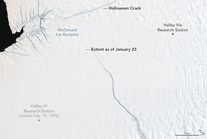 Hình ảnh vết nứt lớn tại Nam cực đã được NASA ghi lại.