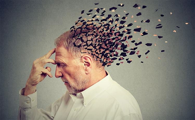 Khi già đi, bộ não thay đổi rất nhiều.