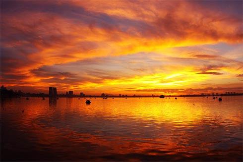 Dòng sông nào bắt nguồn từ vùng Ba Vì của Hà Nội?