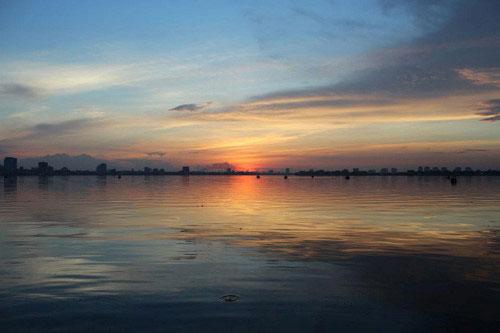 Sông nào có lý trình dài nhất chảy qua Hà Nội?