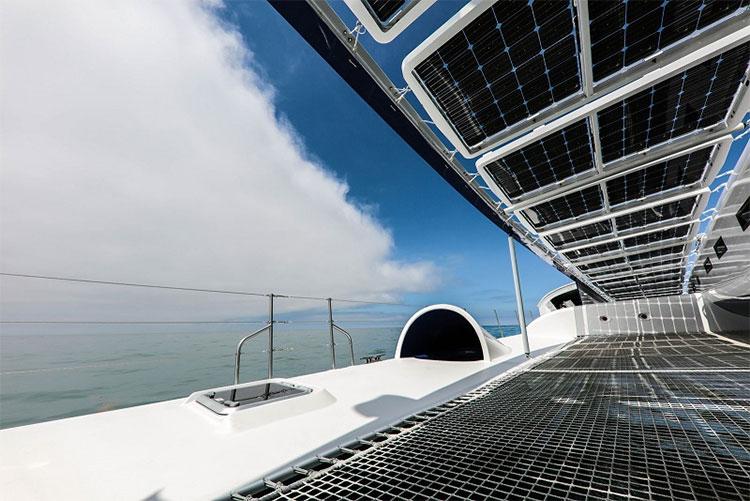 Mục tiêu của Energy Observer là cho thấy tàu thuyền các loại có thể vận hành được nhờ vào nguồn năng lượng tái tạo.