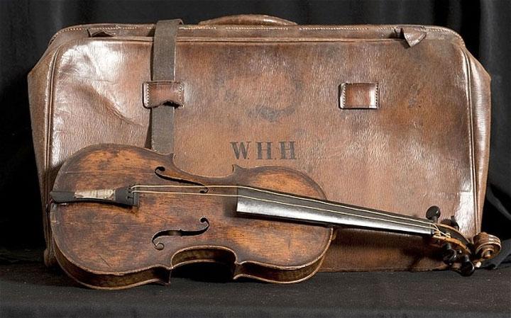 Robinson giữ lại chiếc đàn này và năm 2006, một nhạc sĩ nghiệp dư đã phát hiện ra chiếc đàn trong nhà của bà.