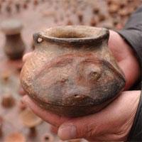 Phát hiện kho báu cổ vật trong khi làm ống dẫn dầu ở Colombia