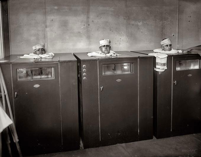 Phương pháp vật lý trị liệu bằng hơi nước năm 1920.