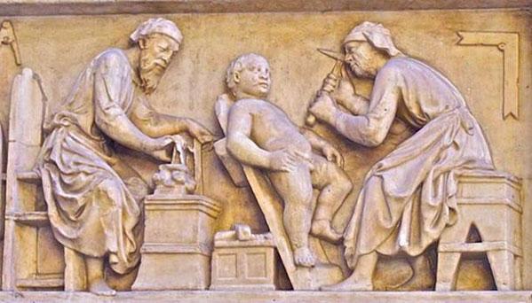 Một cảnh cắt bao quy đầu cho đứa trẻ ở Italy được điêu khắc trên bức tường.