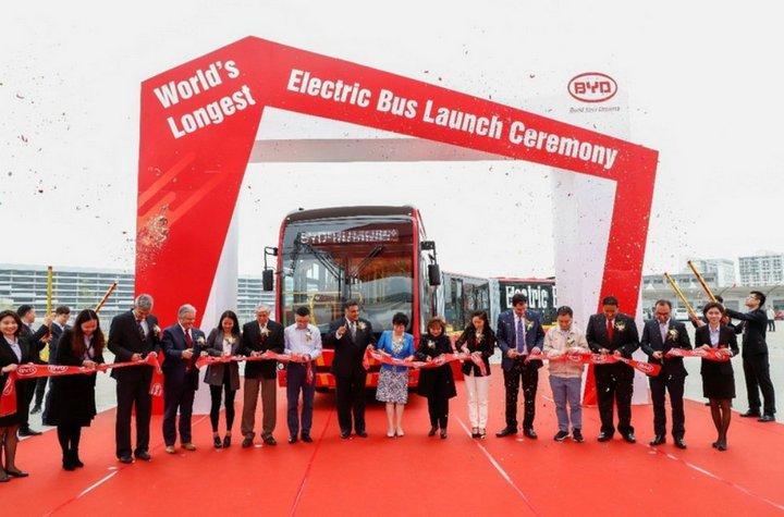 Mẫu xe này hiện được chế tạo và cung cấp riêng cho công ty xe buýt TransMilenio của Colombia