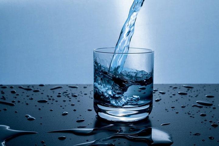 Nhu cầu về nước ngọt gia tăng khi dân số tăng.
