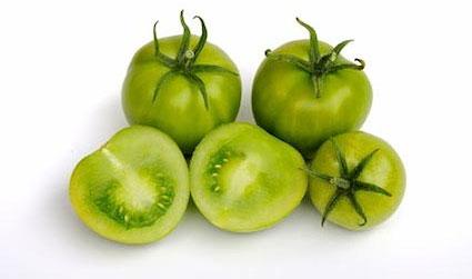 Cà chua còn xanh