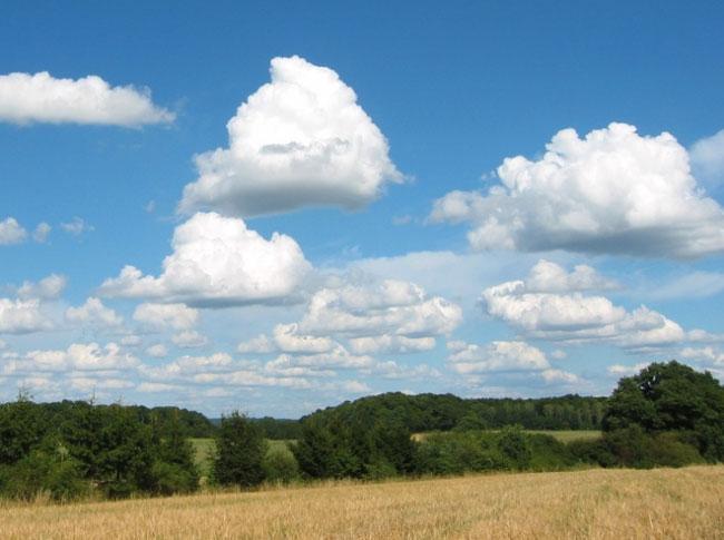Đám mây nặng đến 500 tấn