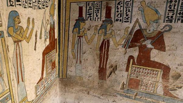 Lăng mộ được xác định có niên đại cách đây 2000 năm từ thời Ptolemaic