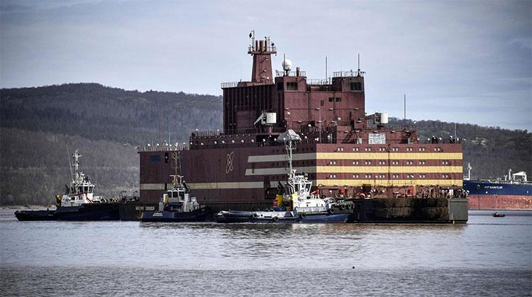 Nhà máy điện hạt nhân nổi Akademik Lomonosov tại thành phố Murmansk