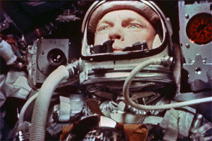 Trung tá John Glenn - người được chọn để điều khiển tên lửa Atlas mới vào quỹ đạo quanh Trái đất.