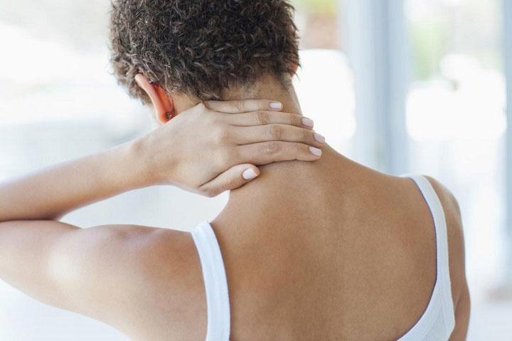 """Người bị đau nhức toàn thân mắc phải hội chứng sương mù não thường sẽ quen với thuật ngữ """"fibro fog""""."""