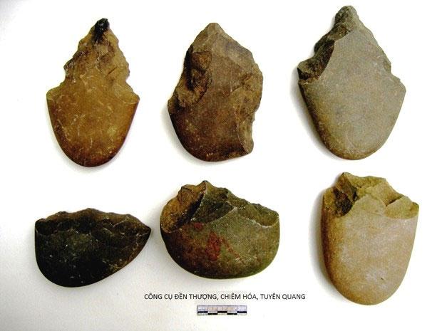 Công cụ lao động của cư dân hậu kỳ Đá cũ sống cách nay khoảng 20.000 năm