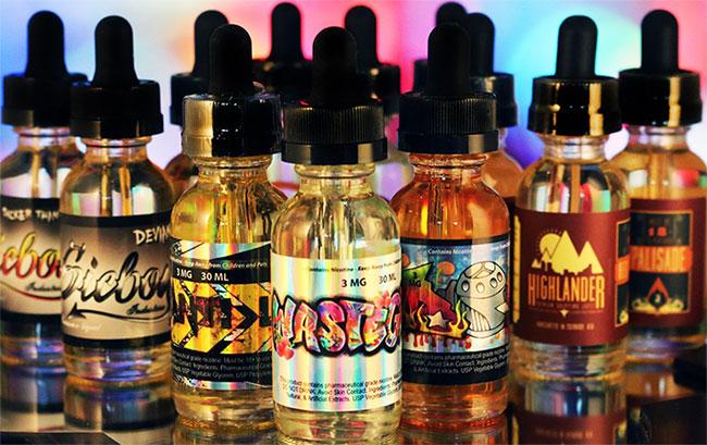 Tìm thấy độc tố và nấm gây hại trong thuốc lá điện tử
