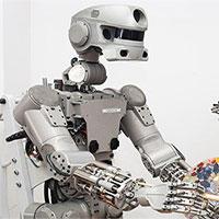 Nga khoe robot không gian vượt trội Mỹ và Trung Quốc