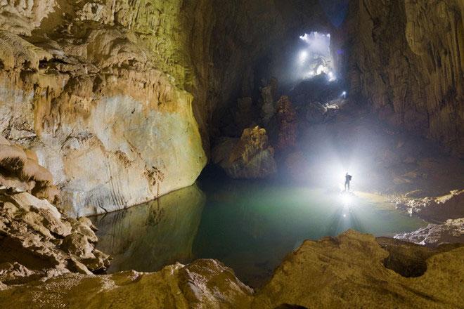 Hang Sơn Đoòng là địa điểm thu hút nhiều nhà thám hiểm đến tìm hiểu, khám phá.