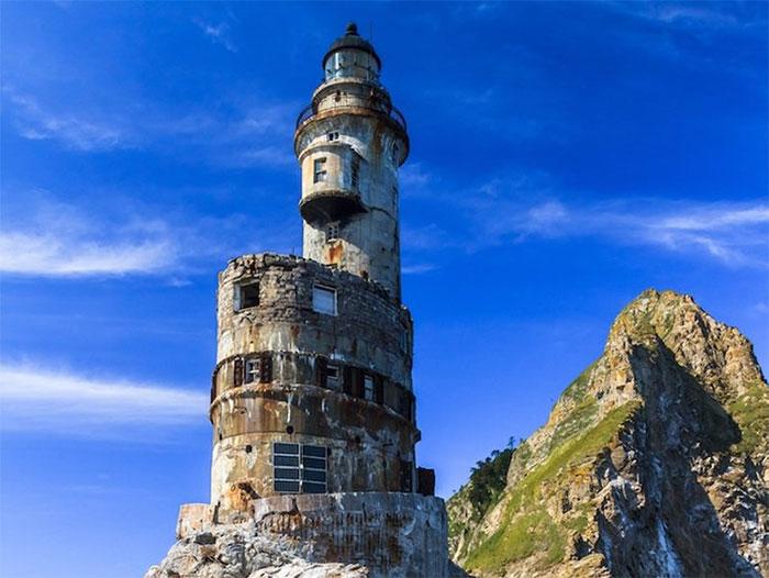 Ngọn hải đăng Mys Aniva