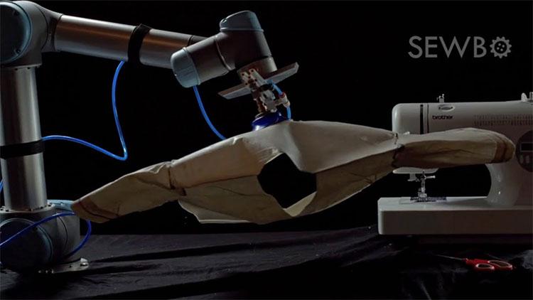 Robot Sewbo