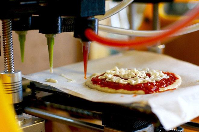 Chiếc bánh pizza in 3D do hãng BeeHex thực hiện.