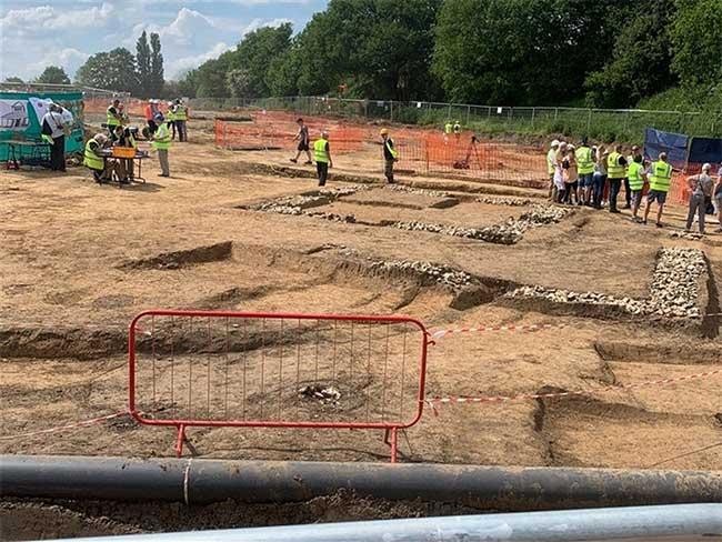 Công trường khai quật thị trấn La Mã