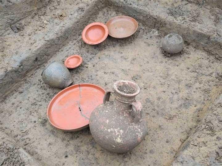 Một số đồ gốm La Mã cổ đại vừa khai quật được