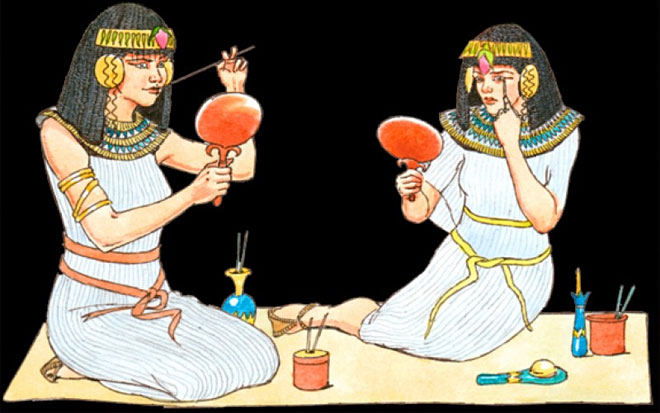 Phụ nữ Ai Cập cổ đại nghiền nát hồng ngọc và các loại đá quý khác, trộn với chì trắng bôi lên môi.