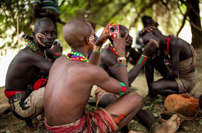 Bộ lạc sinh sống tại thung lũng Omo