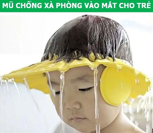 Mũ chống xà phòng vào mắt cho trẻ