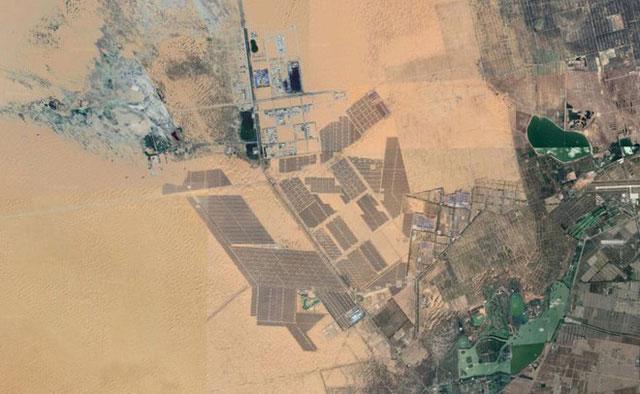 Công viên năng lượng Tengger ở Ninh Hạ, Trung Quốc.