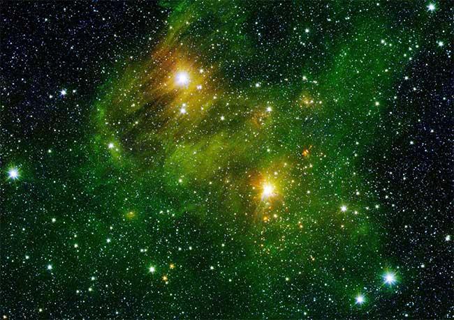 10 bức ảnh vũ trụ vô giá được chụp bởi kính viễn vọng Spitzer của NASA - a8