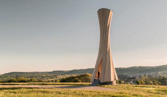 Tòa tháp bằng gỗ Urbach.