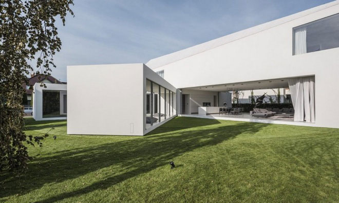 Quadrant Home có kiến trúc nhà hình chữ L
