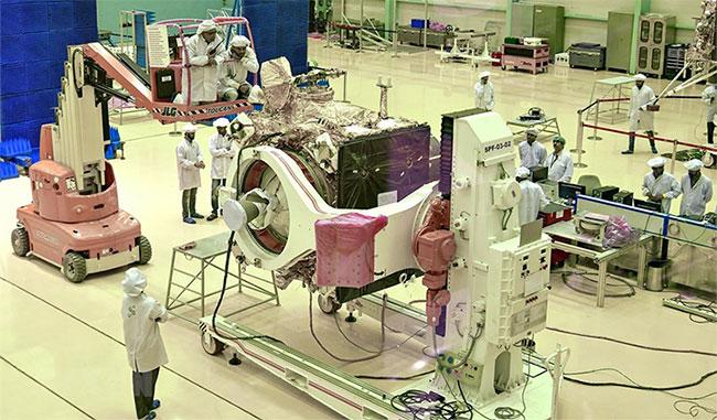 Tàu không gian Chandrayaan-2 của Ấn Độ tại Bangalore ngày 12/6/2019. (Ảnh: AFP/ TTXVN).