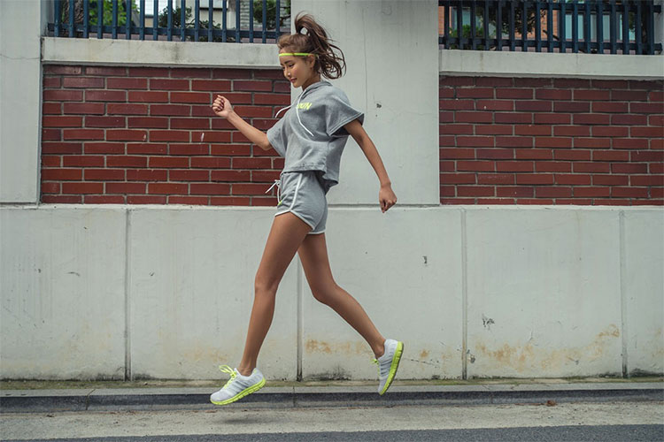 Bạn nên thêm đơn thuốc là những bài thể dục đều đặn sẽ giúp sức khỏe khởi sắc đáng kể