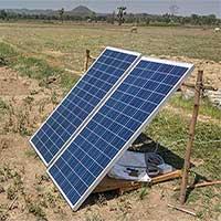Nông dân Ấn Độ dùng… năng lượng Mặt trời để tưới cây