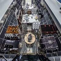 """24 vệ tinh nặng 3,7 tấn """"nhồi nhét"""" bên trong tên lửa SpaceX"""