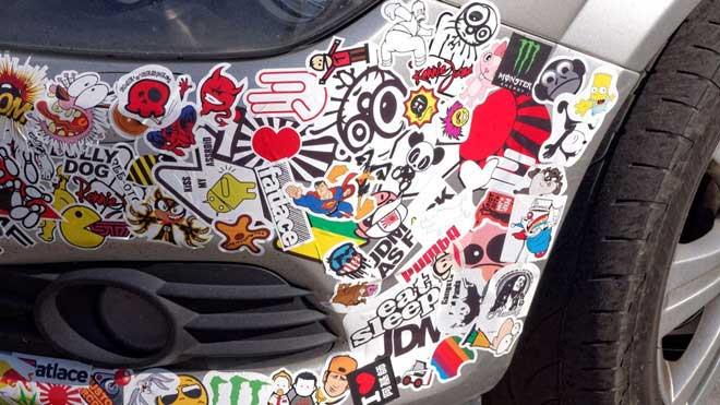 Xe dán nhiều sticker nhất