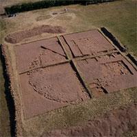 """Bí ẩn nơi chôn cất """"huyền bí"""" 4.000 năm tuổi ở Anh"""