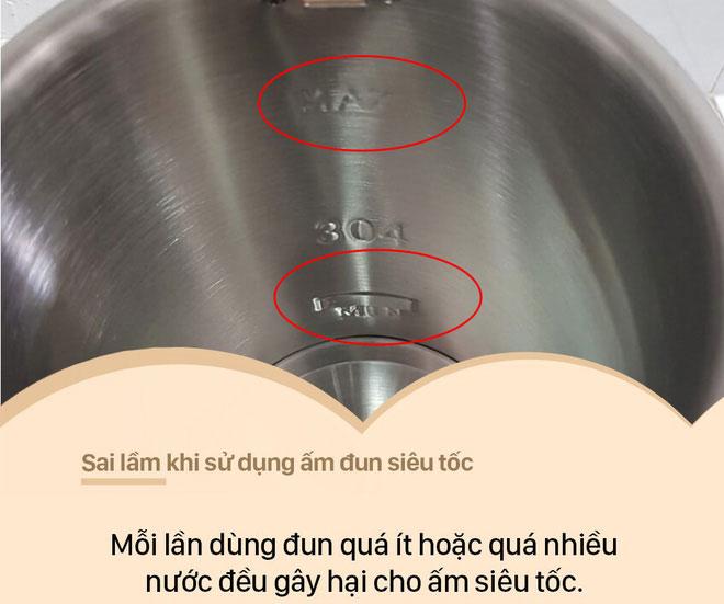 Đun quá ít nước hoặc quá nhiều nước một lần